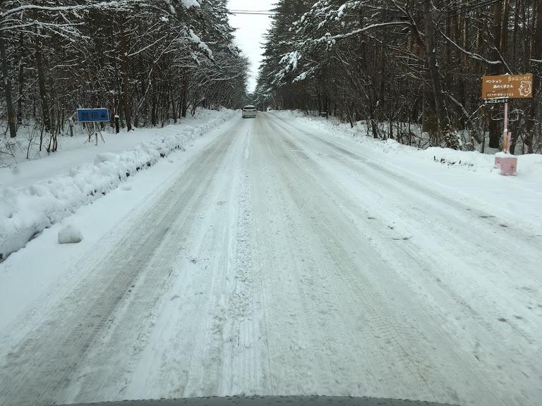 雪道のチェーン救援
