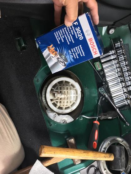 R55の燃料フィルター交換