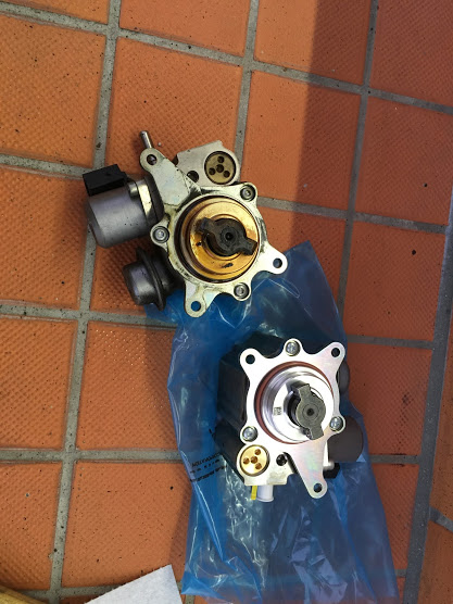 R55の高圧燃料ポンプ交換